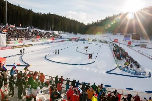 Сборная Германии выиграла дамскую эстафету наэтапеКМ побиатлону вПоклюке