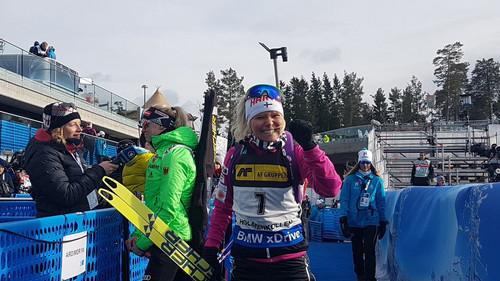 Домрачева заняла 12-е место вгонке преследования вХолменколлене