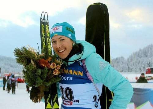 Русские биатлонисты впервый раз за5 лет выиграли «Рождественскую гонку»